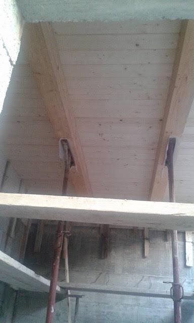 Wood beam Italian Ceiling