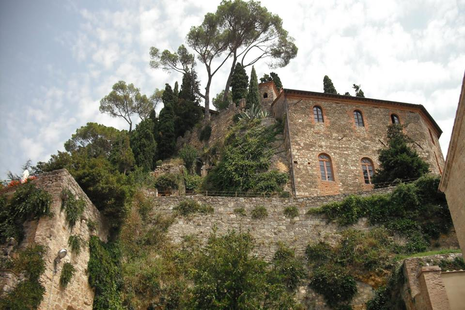 Cetona House on a Hill