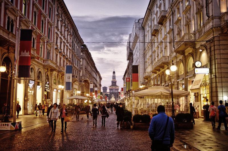 Via Dante, Milan