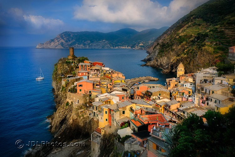 Discover The Secrets Of The Cinque Terre Italy