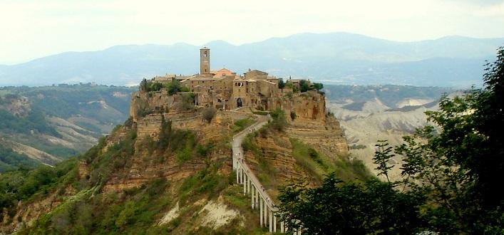 Entance to Civita di Bagnoregio