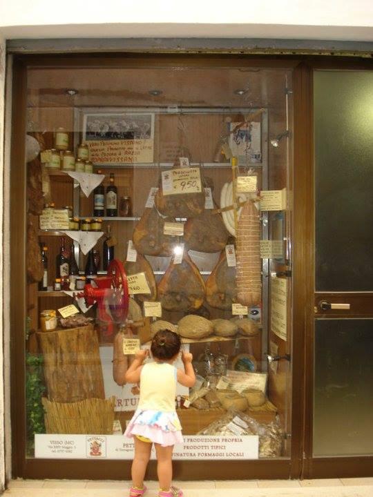 Shop in Umbria