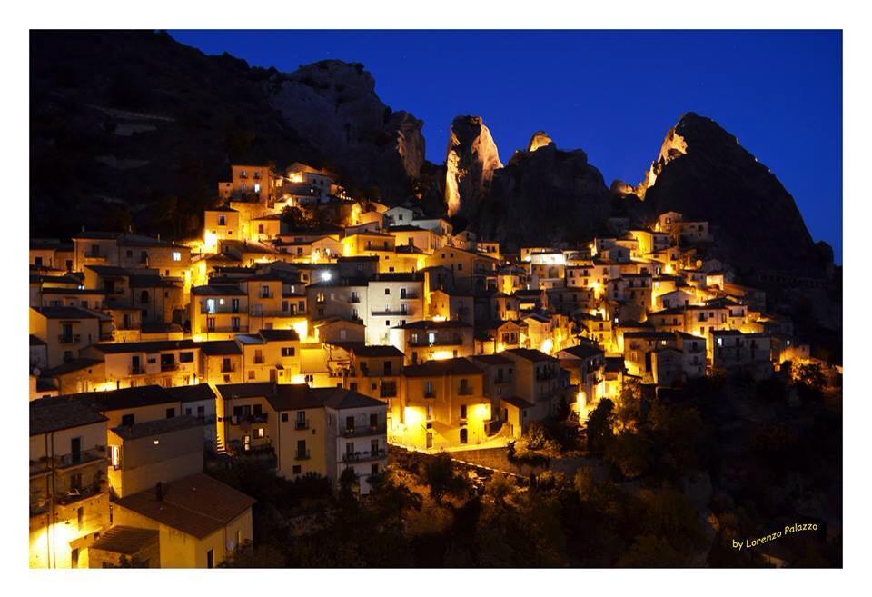 Castelmezzano at night